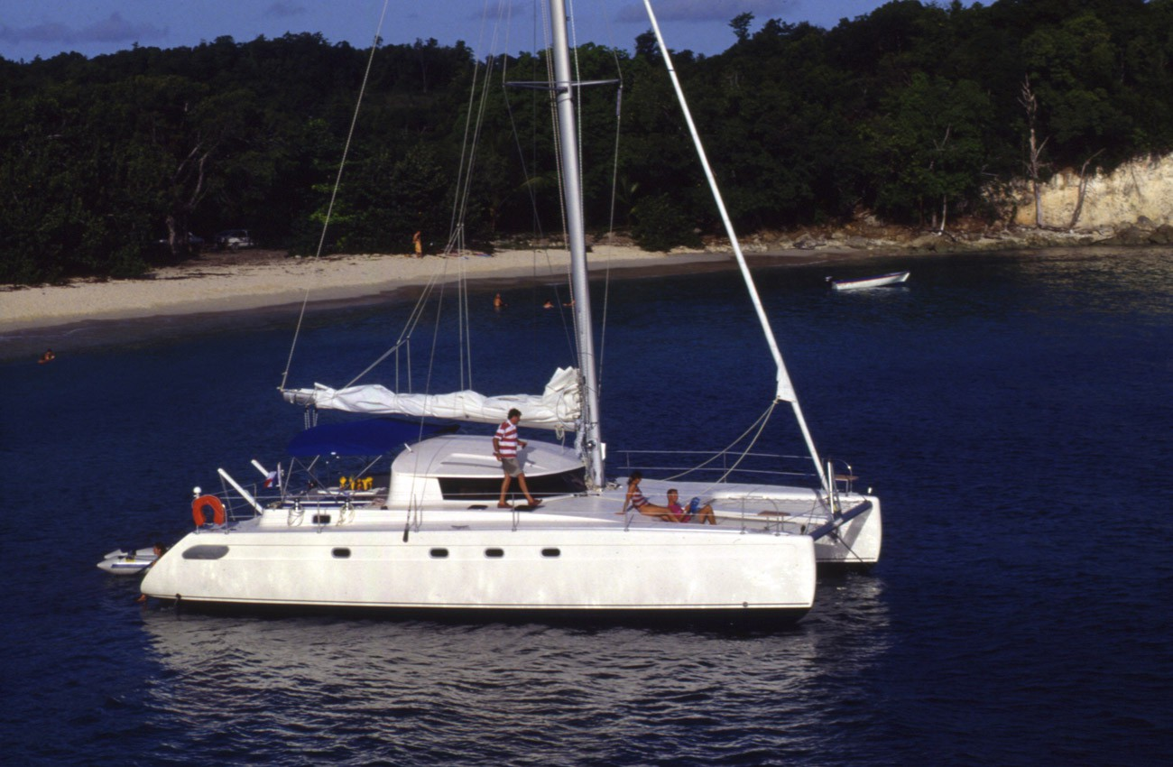 fountaine-pajot-lavezzi-40-2002