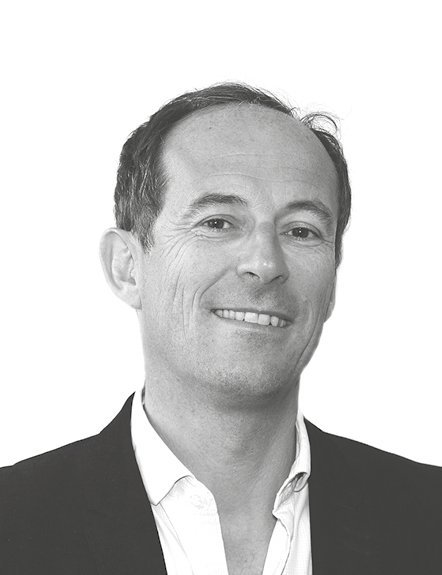 Steven Guedeu, Sales Director